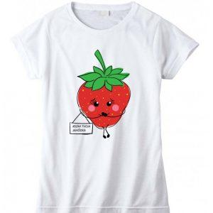 tričko s jahodovou potlačou